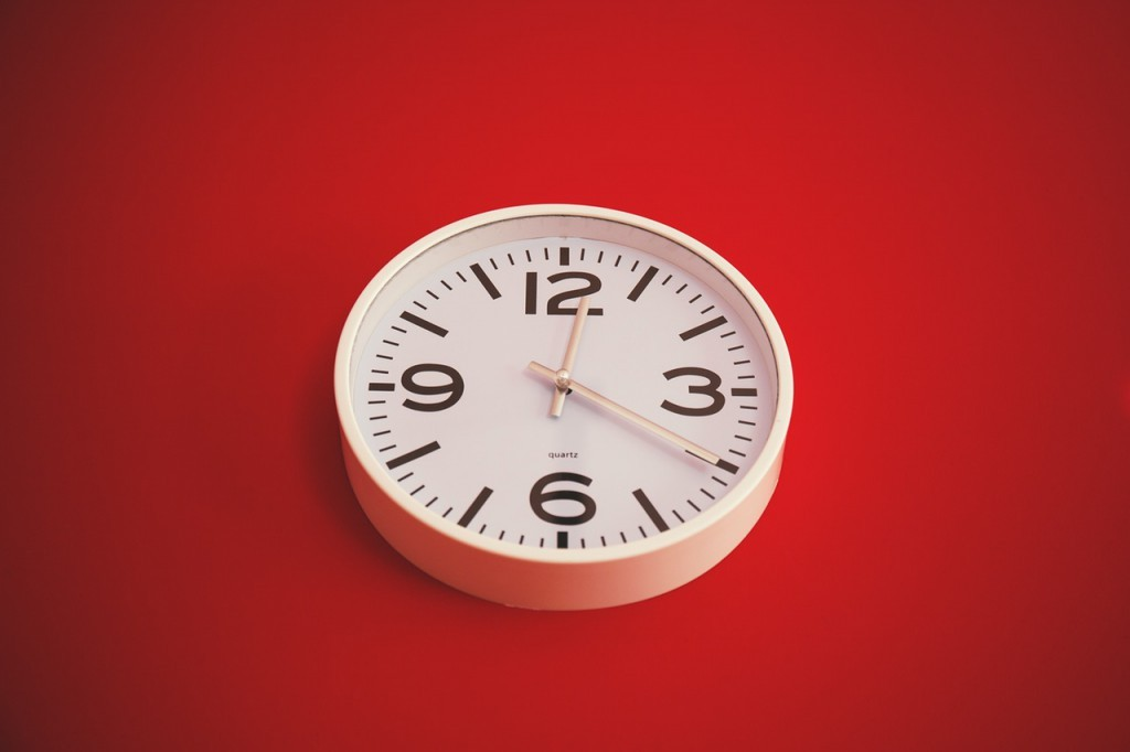 time management skills metaphor with a clock on the wall